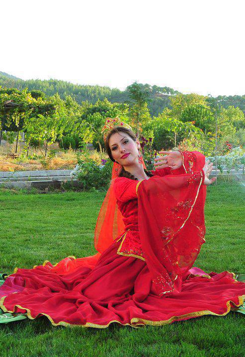 عروس آذری