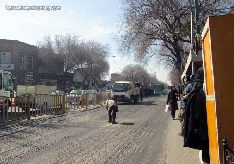 نظافت مسیر بی آر تی تبریز