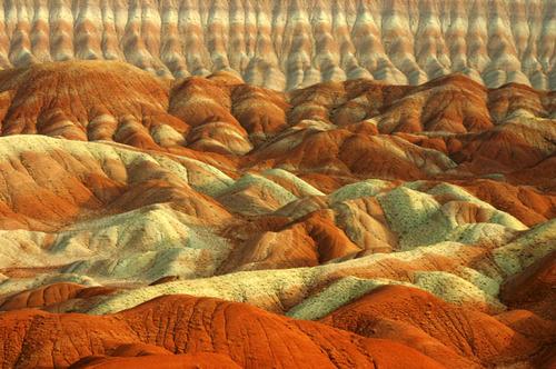 کوههای رنگی