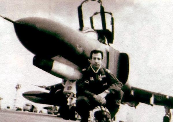 خلبان فکوری