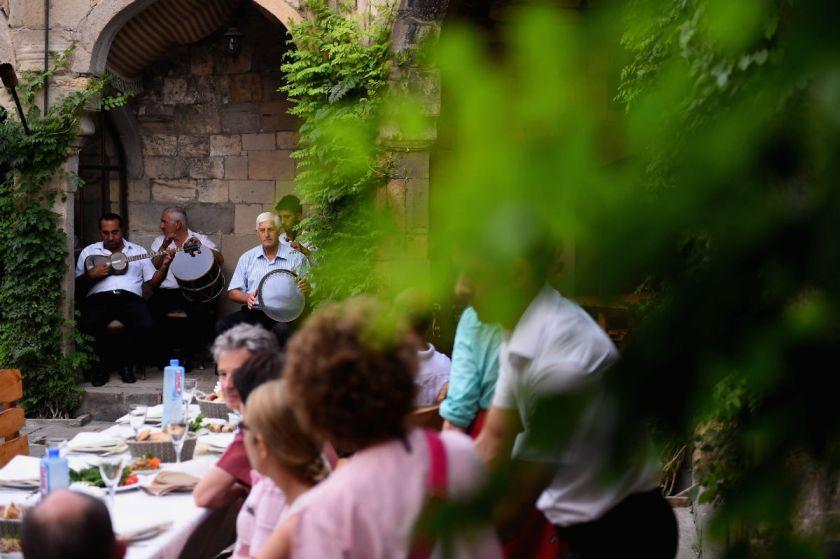 رستوران سنتی آذری