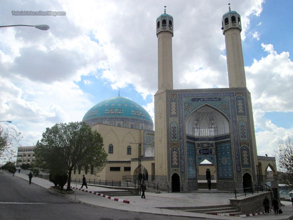 مسجد دانشگاه آزاد تبریز
